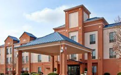 FORT LEAVENWORTH – HOLIDAY INN EXPRESS FORMULA BLUE BRANDING AND RENOVATION