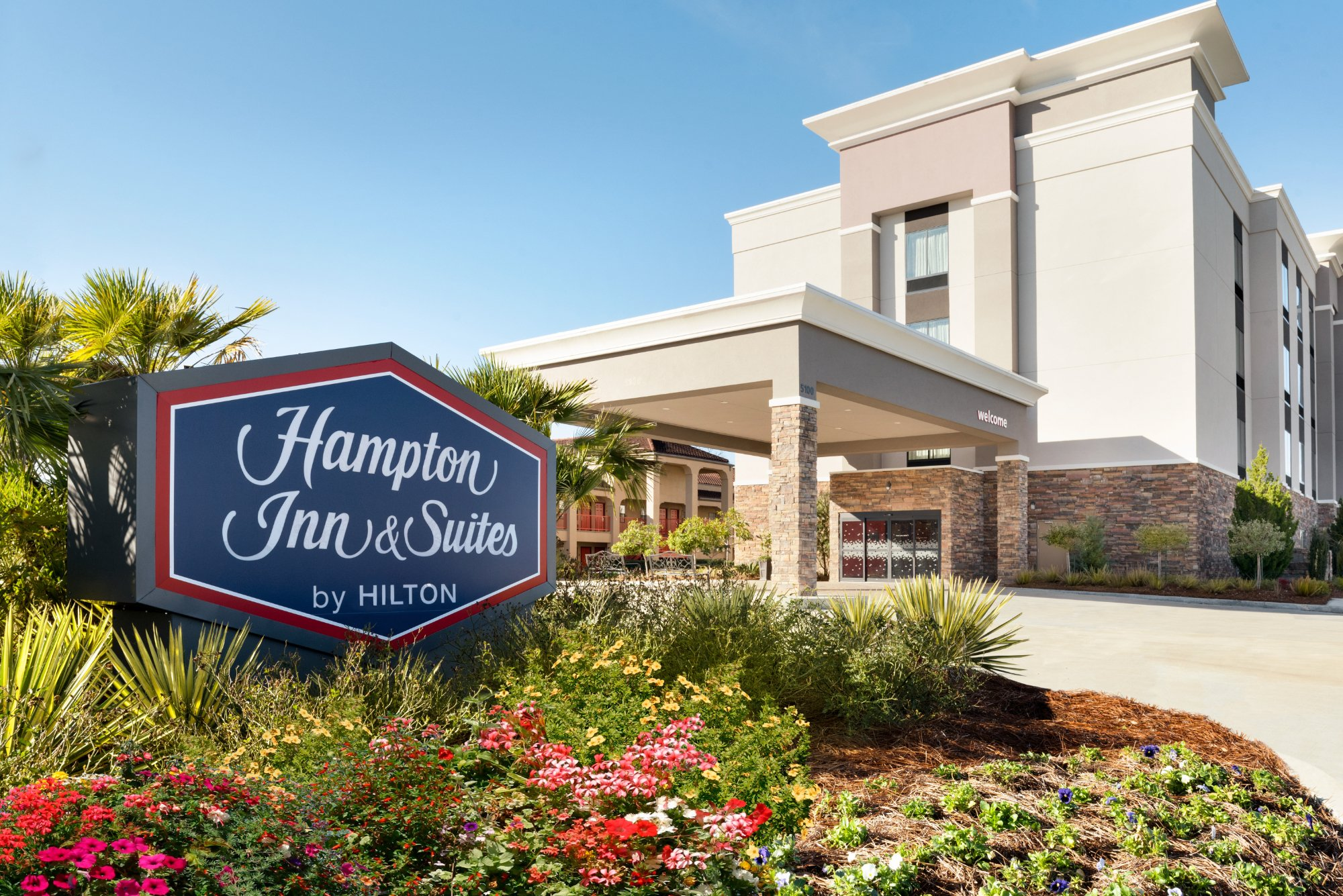 hampton-inn-suites-monroe